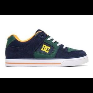 DC Pure Elastic tennis shoes. New in Box! Nice